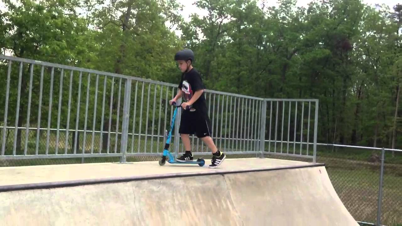 how to build a halfpipe for scooters
