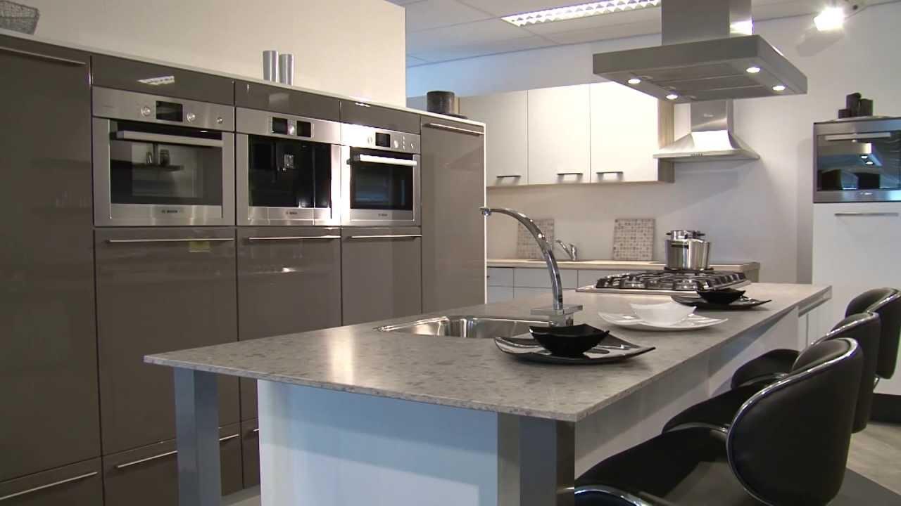 Van Erp Badkamers : Van erp tegels keukens sanitair maarheeze youtube