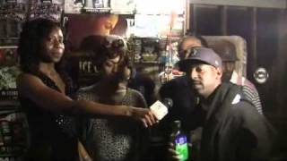 UNSIGNED PAPARRAZI ON SCENE WITH COMPTON GUTTER