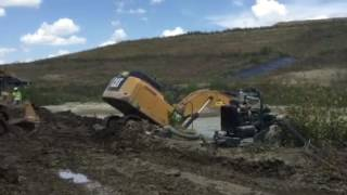 How to recover a stuck 349 excavator