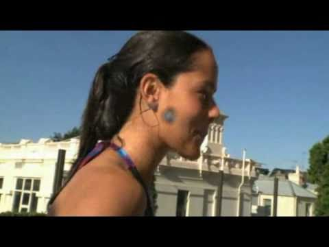 Ana Ivanovic dive bombing in swimming pool