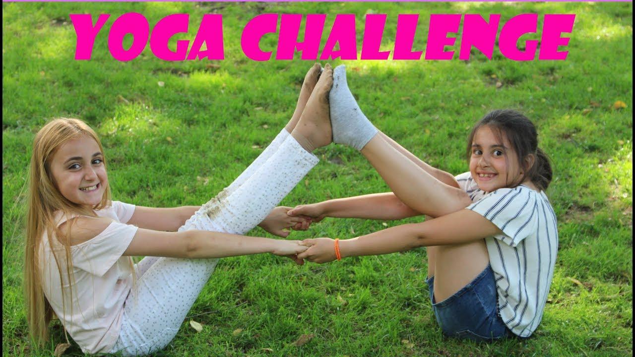 yoga jugando