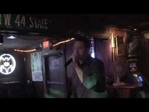 Aaron Karaoke short