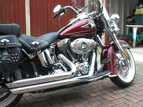 Harley Davidson Heritage Softail Classic 2009 - YouTube