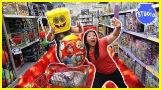 Baixar FLOOR IS LAVA at Walmart + Shopping for Surprise Birthday Toys for Combo Panda