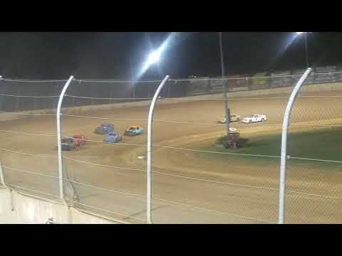 Lawrenceburg speedway compact heat race #4 9-21-19