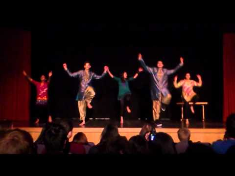 Oxford Bhangra Performance (Chutney & Chips 2013)