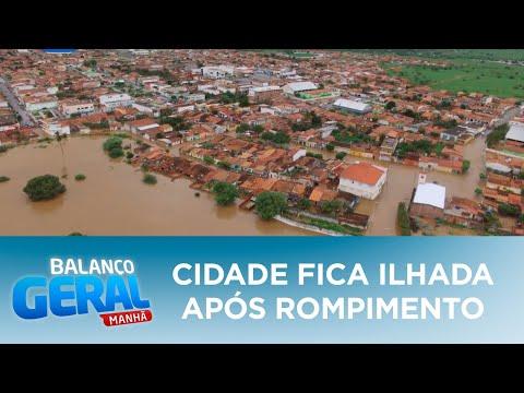 Cidade fica ilhada após rompimento de barragem no interior da Bahia