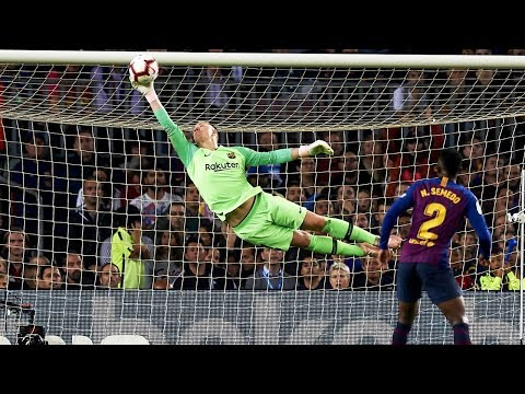 Best 22 Goalkeeper Saves Of 2018 l HD