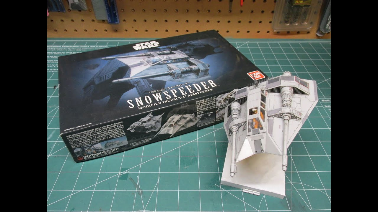 BANDAI STAR WARS SNOWSPEEDER 1//48 PLASTIC MODEL KIT