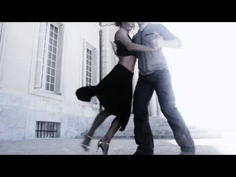 Sia - Chandelier - Tango improvisations by Charlotte & Cedric