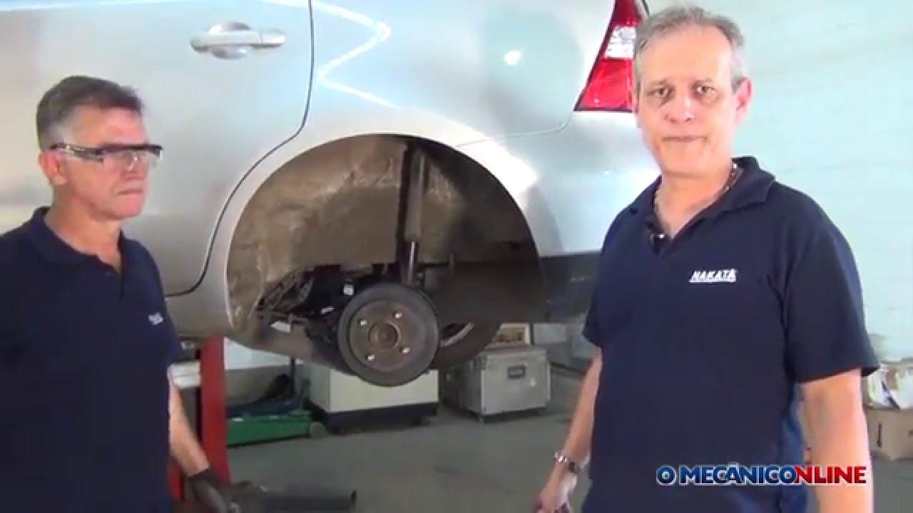 Substituição dos amortecedores da Nissan Livina