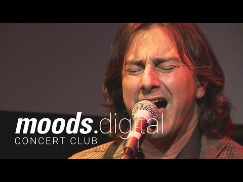 Live at Moods: Pippo Pollina – Palermo Acoustic Trio «Il Sole Che Verrà»