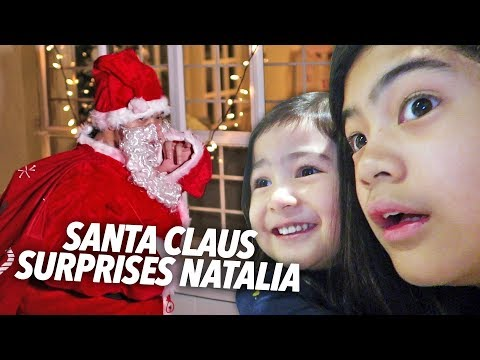 SANTA CLAUS SURPRISES OUR BABY SISTER!! | Ranz and Niana