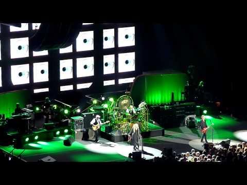 Eyes of the world - Fleetwood Mac - Ziggo Dome 07-10-'13