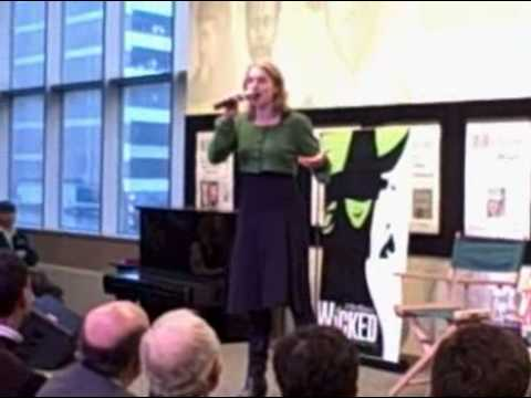 Julie Reiber sings The Wizard and I