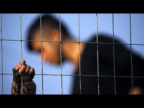 Yeni Yıla Mülteci Kamplarında Girdiler