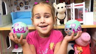 LOL Surprise Новые куклы Алины Алина показывает свои игрушки Барби