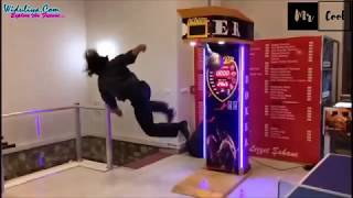 Kicking the Arcade Punch Machine -  2018 Special