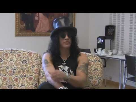 Interview with Slash during the Ozzy & Friends Tour 2012