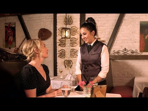 chef dating waitress