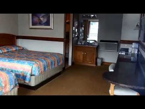 North Wing Standard Rooms | Surfside on the Lake | Lake George Hotels
