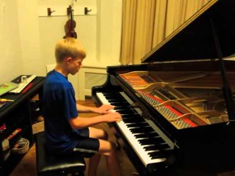 ThePianoGuys - Waterfall (played by Nathan Schaumann