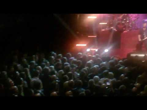Peaches The Stranglers Live in Brum