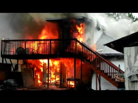 HOUSE FIRE Dave and his Guys try to save Paulines house
