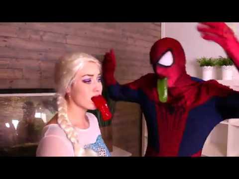 Мультфильм эльза и человек паук