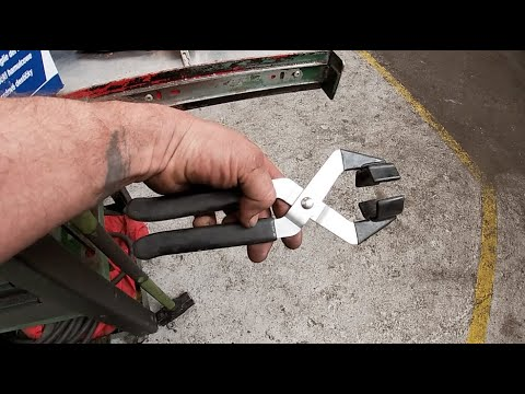 UK Trailer Technician VLOG - Can You Guess What This Tool Is?  Tools And Dagga Dagga Technology.