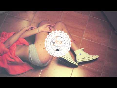 Tycho - A Walk (Akouo Remix) [Free DL]