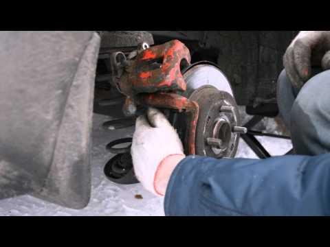 Замена задних колодок на Hyundai Solaris