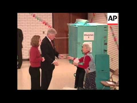 USA: NEW YORK: PRESIDENTIAL ELECTION: CLINTONS VOTE