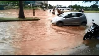 1 hr heavy rain in Bangalore made Manyata Tech Park river