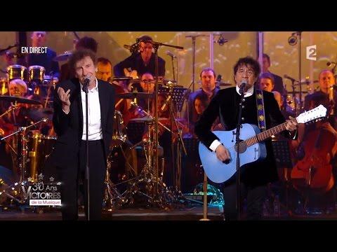Alain Souchon et Laurent Voulzy – « Derrière les mots » Victoires de la Musique 2015