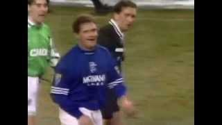 Paul Gascoigne books referee Dougie Smith (longer version)(Paul Gascoigne (Glasgow Rangers) shows Scottish referee the yellow card, unfortunately this ref has no sense of humor. Glasgow Rangers vs. Hibs, 1995., 2013-08-19T09:17:17.000Z)