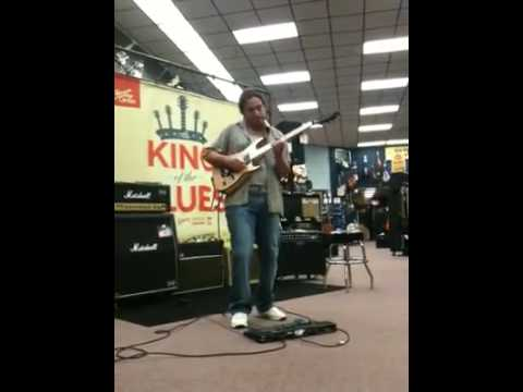 Hichem Ferrah The King Of Blues live at Guitar centre USA