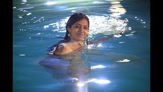 கவர்ச்சியில் தாராளம்... லட்சுமி மேனன் அதிரடி!