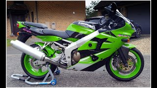 (NOW SOLD) FOR SALE £3,500 - Amazing condition 21 year old KAWASAKI ZX-6R J1 with just 6,900 miles