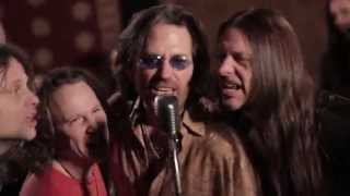 "Winger – ""Better Days Comin'"" – Official Music Video"