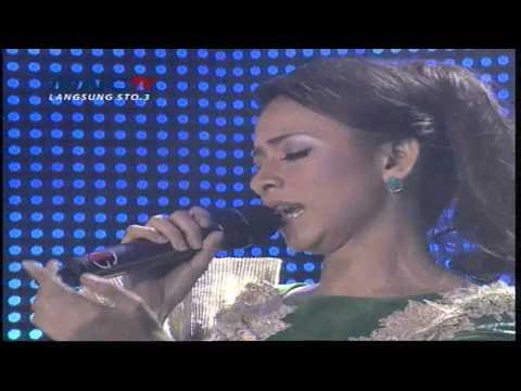 "Putri "" Cincin Kepalsuan "" Jakarta - Kontes Final KDI 2015 (30/4)"