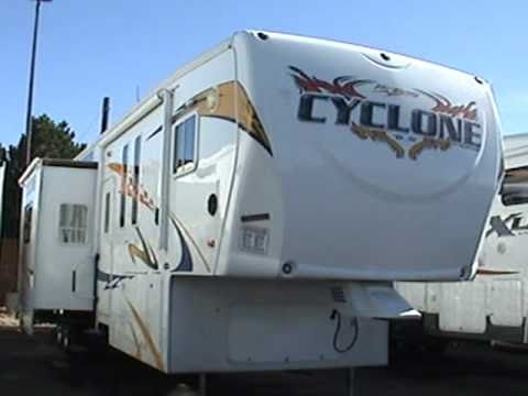 2009 Cyclone 3950 Toy Hauler 5th Wheel 42ft With 3 Slides 2 Bathrooms