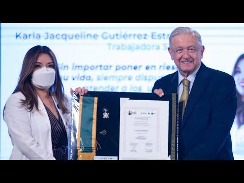 Entrega de condecoración Miguel Hidalgo a personal de salud. Conferencia presidente AMLO