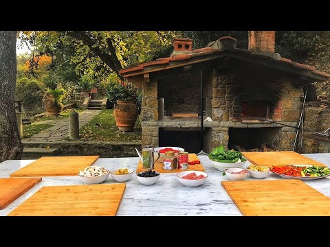 Pizza and Gelato Cooking Class in Tuscan Farmhouse