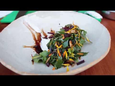 Receita de Salada de Flores com flores comestíveis
