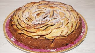 Яблочный пирог на сметане)Шарлотка на сметане.