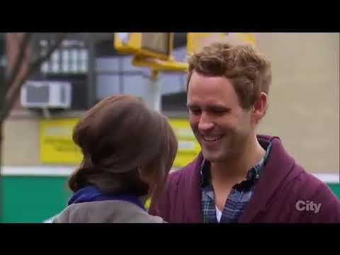 the bachelorette season 11 episode 5    Kaitlyn Bristowe kiss Nick Viall #2