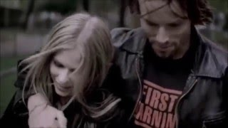 Video Paramore Feat. Avril Lavigne Pressure[Official Music Video] #Mashup download MP3, 3GP, MP4, WEBM, AVI, FLV Agustus 2018