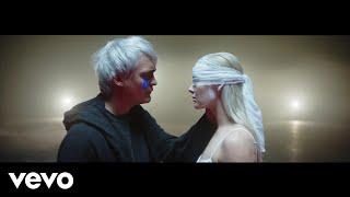 Смотреть клип Sheppard - Die Young